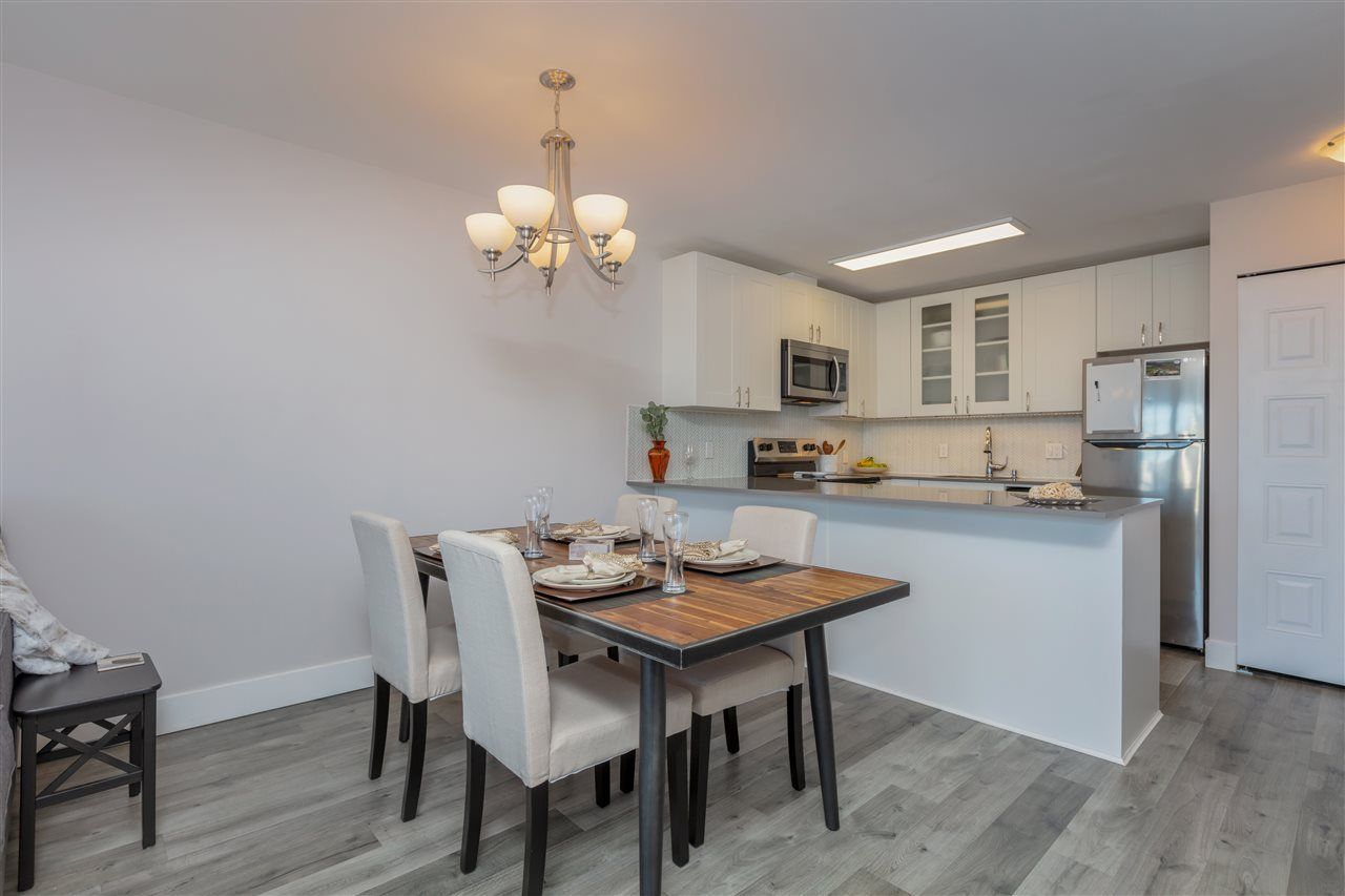 """Photo 9: Photos: 1804 3980 CARRIGAN Court in Burnaby: Government Road Condo for sale in """"Discovery Place"""" (Burnaby North)  : MLS®# R2465942"""