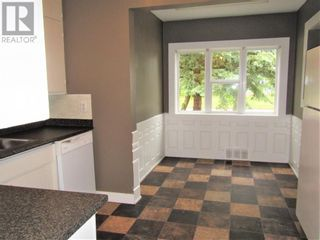 Photo 3: 10108 114 Street in Fairview: House for sale : MLS®# A1120909