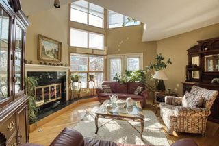 Photo 4: 232 2 Avenue NE in Calgary: Crescent Heights Detached for sale : MLS®# A1066844