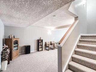 Photo 34: 54 Signature Close SW in Calgary: Signal Hill Detached for sale : MLS®# A1124573