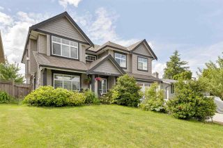 Photo 2: 2955 264A Street: House for sale in Langley: MLS®# R2593290