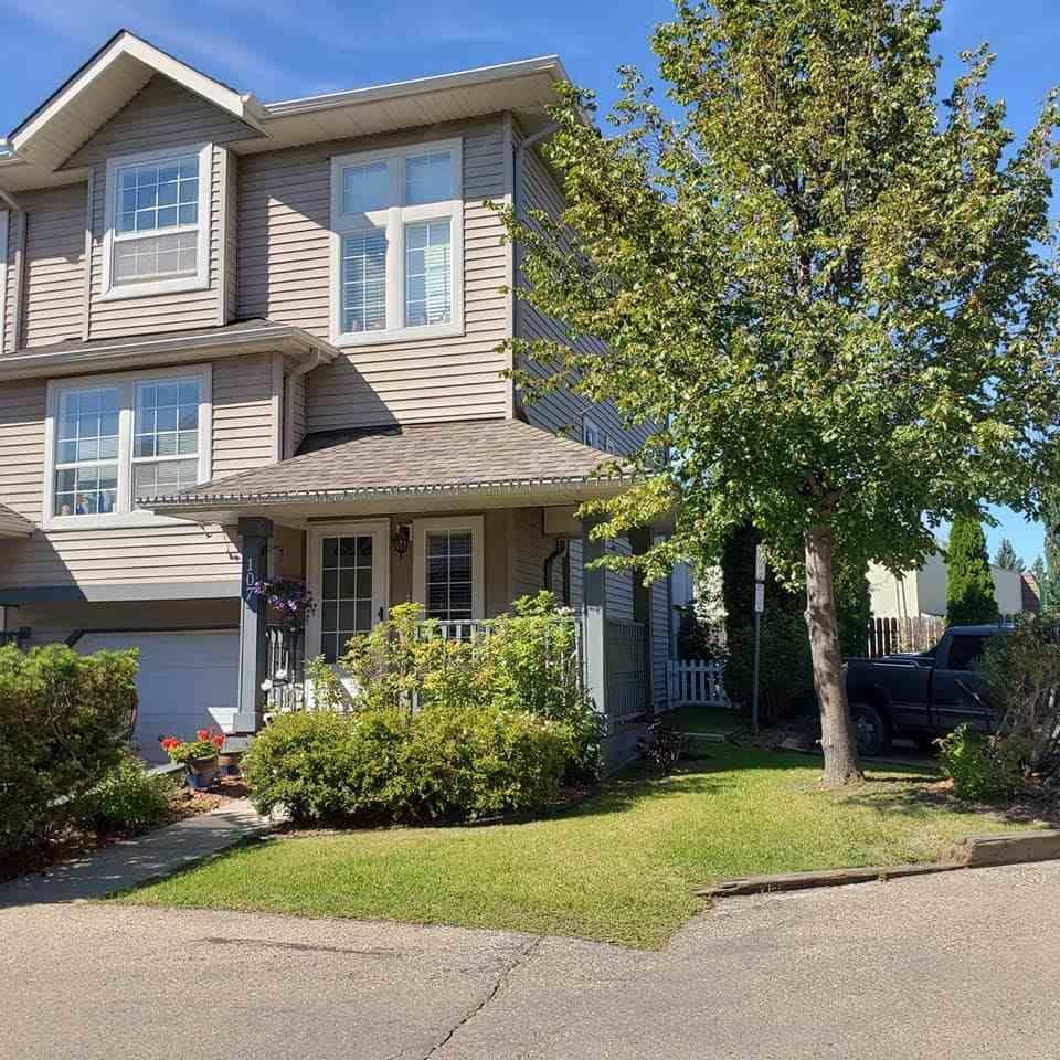 Main Photo: 107 4415 SOUTH PARK Drive: Leduc Townhouse for sale : MLS®# E4240238