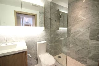 Photo 5: 651 38 SMITHE Street in Vancouver: Downtown VW Condo for sale (Vancouver West)  : MLS®# R2571655