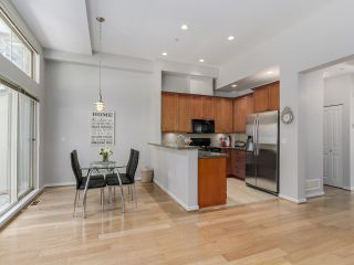 Photo 4: 3115 Capilano Cr in North Vancouver: Capilano NV Townhouse for sale : MLS®# V1119780