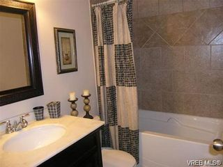 Photo 11: 2586 Wentwich Rd in VICTORIA: La Mill Hill House for sale (Langford)  : MLS®# 703032