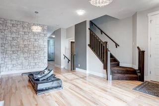 Photo 4: 616 21 Avenue NW in Calgary: Mount Pleasant Detached for sale : MLS®# A1121011