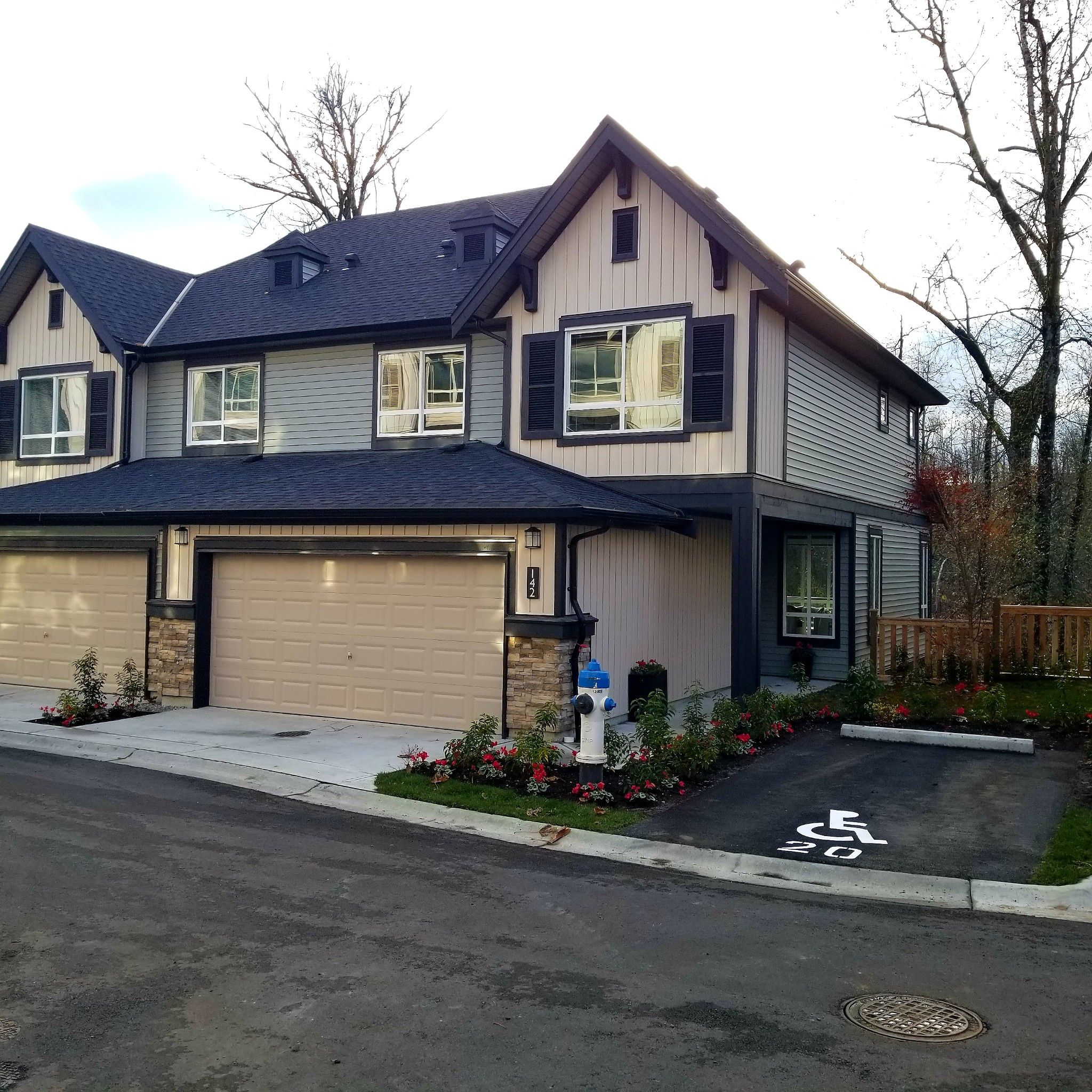 Main Photo: 142 30930 WESTRIDGE Place in ABBOTSFORD: Abbotsford West Condo for sale (Abbotsford)