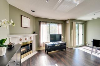 Photo 3: 504 6737 STATION HILL COURT in Burnaby: South Slope Condo for sale (Burnaby South)  : MLS®# R2210952