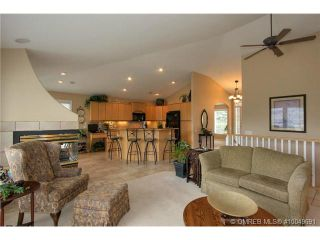 Photo 6: 2220 Waddington Court in Kelowna: Residential Detached for sale : MLS®# 10049691