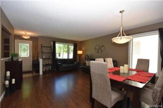 Photo 2: 107 Pinetree Crescent in Winnipeg: Riverbend Residential for sale (4E)  : MLS®# 1716061
