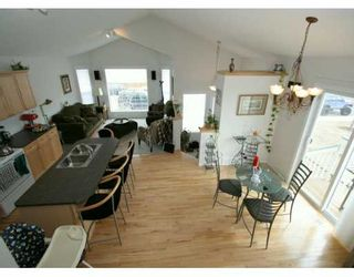Photo 2:  in CALGARY: Citadel Residential Detached Single Family for sale (Calgary)  : MLS®# C3207564