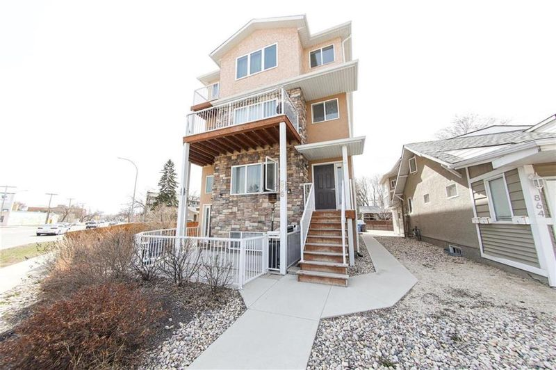 FEATURED LISTING: D - 866 St Mary's Road Winnipeg