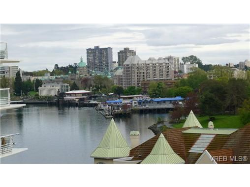Main Photo: 616 68 SONGHEES Rd in VICTORIA: VW Songhees Condo for sale (Victoria West)  : MLS®# 718920
