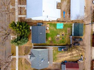 Photo 3: 9215 91 Street in Edmonton: Zone 18 House for sale : MLS®# E4241987