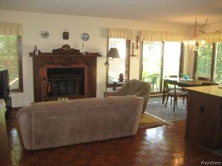 Photo 5: 422 Bonner Avenue in WINNIPEG: North Kildonan Residential for sale (North East Winnipeg)  : MLS®# 1529206