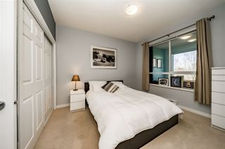 """Photo 12: 304 3551 FOSTER Avenue in Vancouver: Collingwood VE Condo for sale in """"FINALE WEST"""" (Vancouver East)  : MLS®# R2345462"""