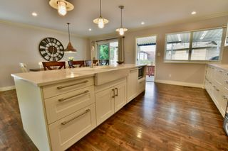 Photo 9: 5905 183A Street in Surrey: Cloverdale BC House for sale (Cloverdale)  : MLS®# R2404391