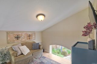 Photo 15: House for sale : 3 bedrooms : 1164 Avenida Frontera in Oceanside