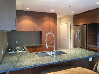 "Photo 4: 2503 3008 GLEN Drive in Coquitlam: North Coquitlam Condo for sale in ""M2"" : MLS®# R2246428"