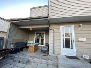 Photo 20: 1672 LAKEWOOD Road S in Edmonton: Zone 29 Townhouse for sale : MLS®# E4235515