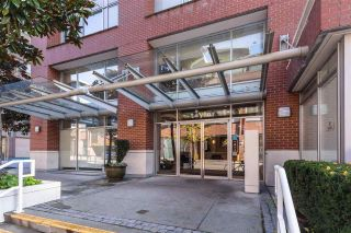 """Photo 38: 2304 550 TAYLOR Street in Vancouver: Downtown VW Condo for sale in """"THE TAYLOR"""" (Vancouver West)  : MLS®# R2569788"""