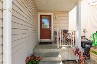 Photo 5: 7 115 CHESTERMERE Drive: Sherwood Park House Half Duplex for sale : MLS®# E4247928