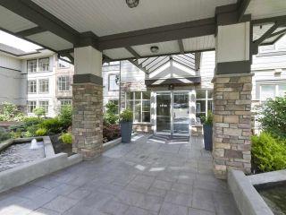 Photo 20: 110 15155 36 Avenue in Surrey: Morgan Creek Condo for sale (South Surrey White Rock)  : MLS®# R2371354