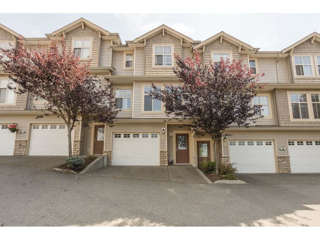 """Main Photo: 14 46858 RUSSELL Road in Chilliwack: Promontory Townhouse for sale in """"Panorama Ridge"""" (Sardis)  : MLS®# R2613048"""