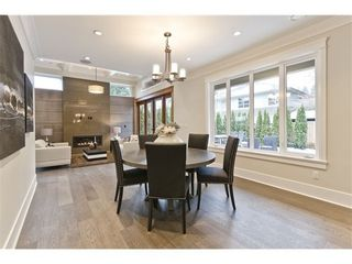 Photo 4: 3959 LEWISTER Road in North Vancouver: Home for sale : MLS®# V978405