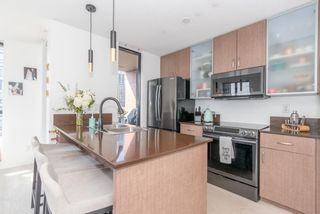 """Photo 6: 604 909 MAINLAND Street in Vancouver: Yaletown Condo for sale in """"YAELTOWN PARK II"""" (Vancouver West)  : MLS®# R2617490"""
