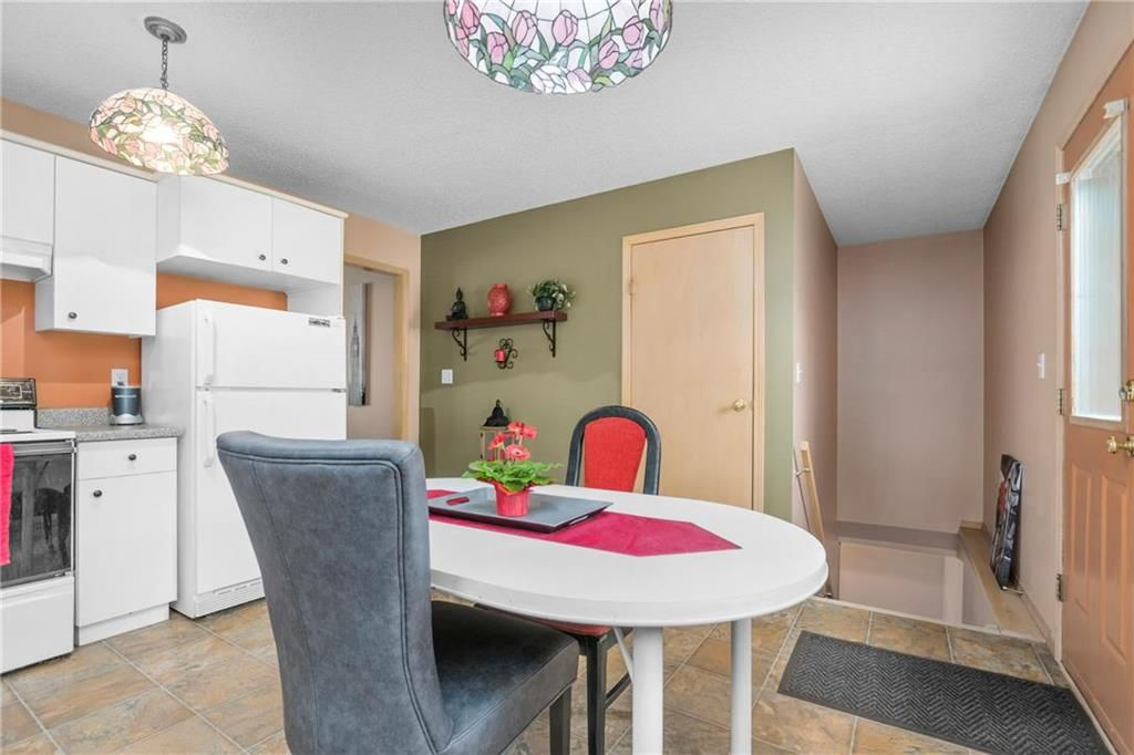 Photo 9: Photos: 144 Maplegrove Road in Winnipeg: Riverbend Residential for sale (4E)  : MLS®# 202024993