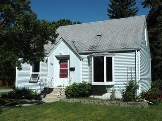 Photo 1: 159 Ashland Avenue in Winnipeg: Fort Rouge / Crescentwood / Riverview Single Family Detached for sale (Central Winnipeg)  : MLS®# 1516673