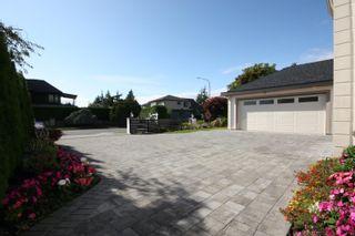 Photo 2: 7828 SUNNYDENE Road in Richmond: Broadmoor House for sale : MLS®# R2624933