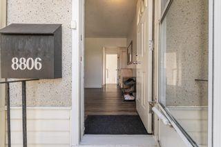Photo 2: 8806 162 Street in Edmonton: Zone 22 House for sale : MLS®# E4262777