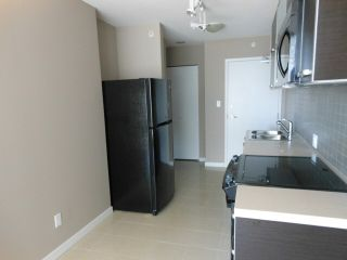 """Photo 4: 1110 13688 100 Avenue in Surrey: Whalley Condo for sale in """"Park Place One"""" (North Surrey)  : MLS®# F1423205"""