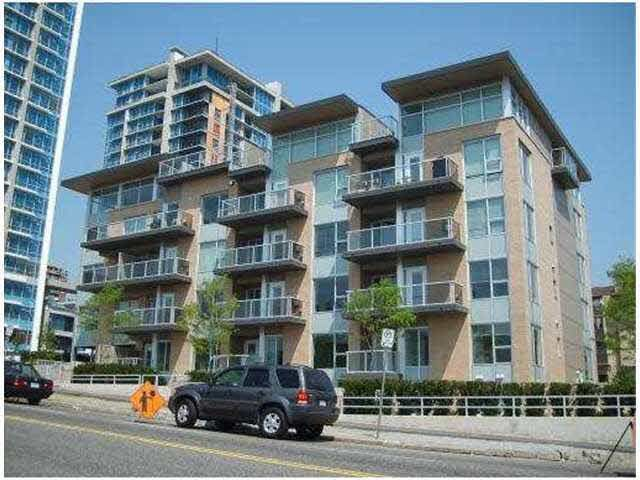 Main Photo: PH12 1288 CHESTERFIELD AVENUE in : Central Lonsdale Condo for sale : MLS®# V962121