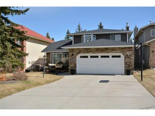 Photo 1: 610 EDGEBANK Place NW in Calgary: Edgemont House for sale : MLS®# C4110946