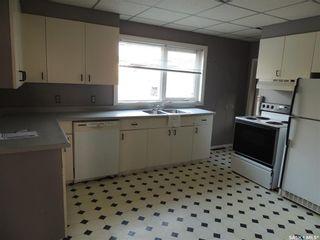 Photo 7: 214 Railway Avenue in Lampman: Residential for sale : MLS®# SK866334