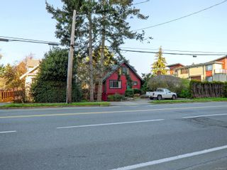 Photo 18: 2320 Richmond Rd in : Vi Jubilee House for sale (Victoria)  : MLS®# 869570