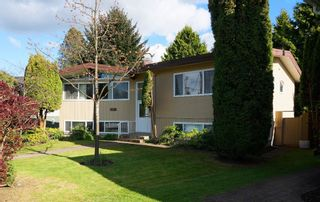 """Photo 18: 6882 YEOVIL Place in Burnaby: Montecito House for sale in """"Montecito"""" (Burnaby North)  : MLS®# V1119163"""