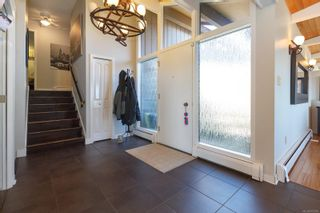Photo 3: 5895 Old East Rd in : SE Cordova Bay House for sale (Saanich East)  : MLS®# 872081