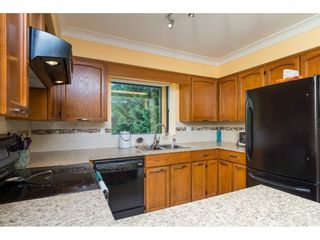 Photo 8: 15455 19 Avenue in Surrey: King George Corridor House for sale (South Surrey White Rock)  : MLS®# R2212130