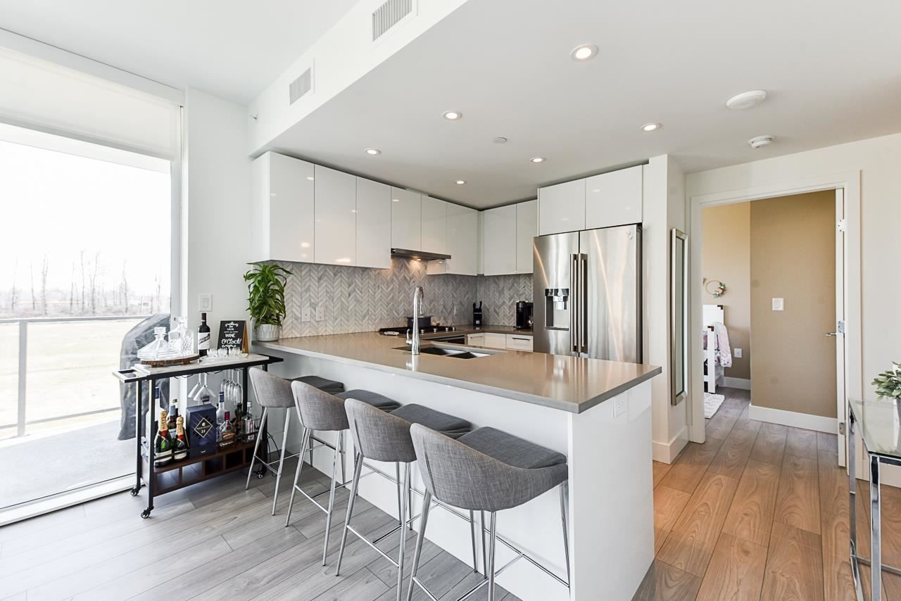 """Main Photo: 201 3581 E KENT AVENUE NORTH in Vancouver: South Marine Condo for sale in """"Avalon 2"""" (Vancouver East)  : MLS®# R2580050"""