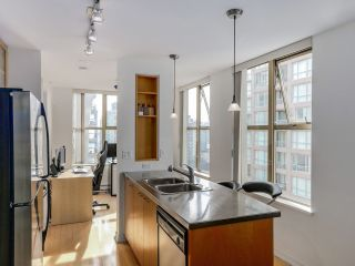 "Photo 5: 1602 969 RICHARDS Street in Vancouver: Downtown VW Condo for sale in ""MONDRIAN 2"" (Vancouver West)  : MLS®# R2060003"