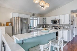 Photo 10: 10 Inverness Place SE in Calgary: McKenzie Towne Detached for sale : MLS®# A1095594