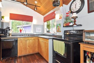 """Photo 5: 9 20837 LOUIE Crescent in Langley: Walnut Grove House for sale in """"Grants Landing"""" : MLS®# R2383287"""