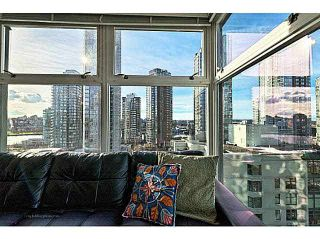 "Photo 8: B1105 1331 HOMER Street in Vancouver: Yaletown Condo for sale in ""PACIFIC POINT"" (Vancouver West)  : MLS®# V1100721"