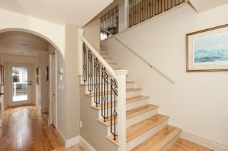 Photo 3: 1178 Dolphin Street: White Rock Home for sale ()  : MLS®# F1111485