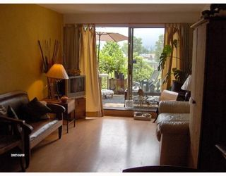 Photo 3: 415 774 GREAT NORTHERN Way in Vancouver: Mount Pleasant VE Condo for sale (Vancouver East)  : MLS®# V651929