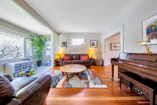 Photo 3: 3527 TRIUMPH Street in Vancouver: Hastings Sunrise House for sale (Vancouver East)  : MLS®# R2572063